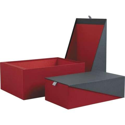 Coffret en carton rouge et gris : Boites